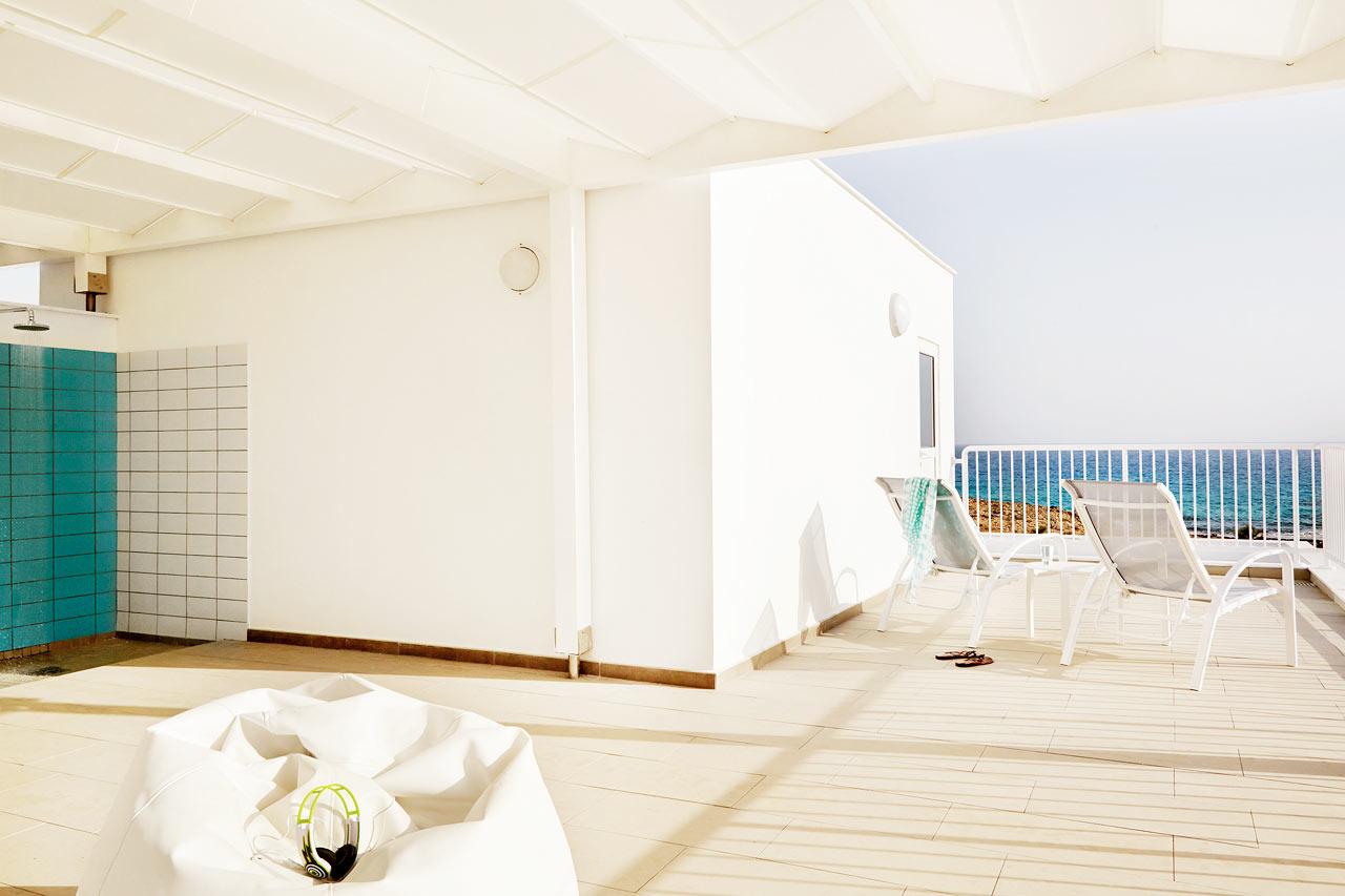 Sunwing Sandy Bay Beach - 3-roms leilighet Royal Family Suite med takterrasse (bildet) og stor balkong
