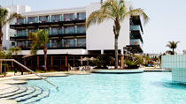 Faros er et hotell for voksne.