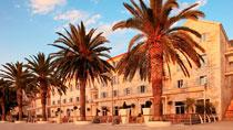 Riva Hvar Yacht Harbour Hotel er et av Vings nøye utvalgte hotell.