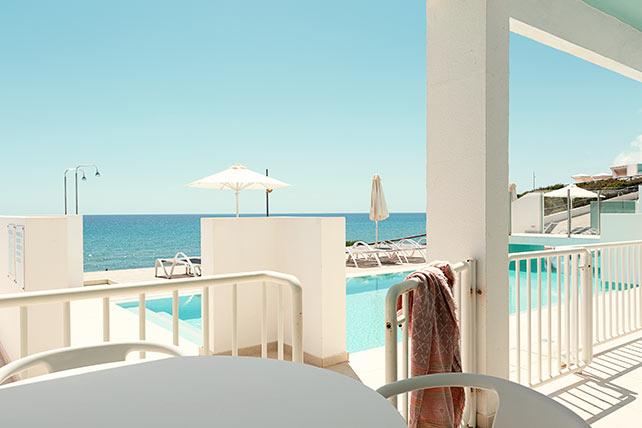 Club House Pool Suite